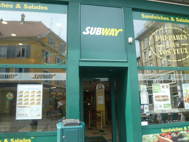 subway-sauvage-ext-copier.jpg